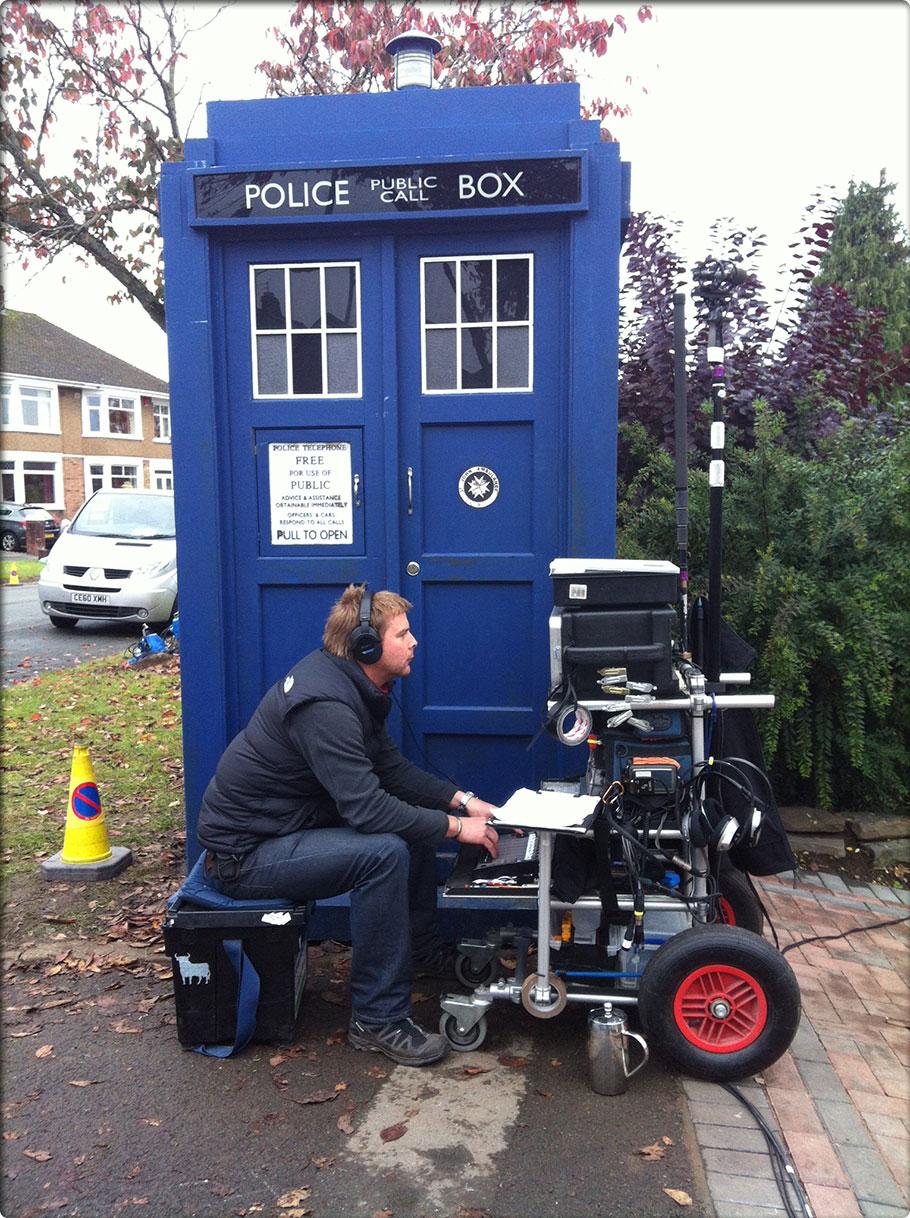 Deian Humphreys Rig next to Doctor Who's Tardis